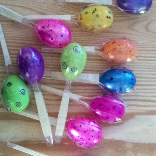 I made maracas for our cinco de mayo party!!!! :) plastic ...