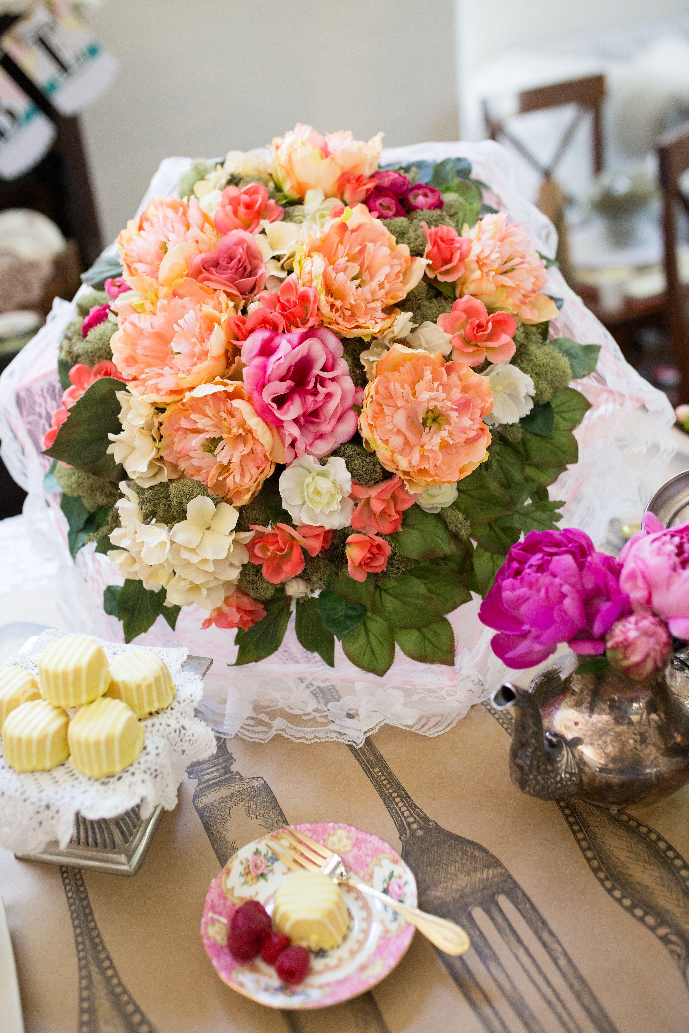 craft ideas homemade bridal shower decoration%0A Shoppingmeetsinspiration destination filled with of shareworthy craft   party  wedding  u     classroom ideas that won u    t break the bank