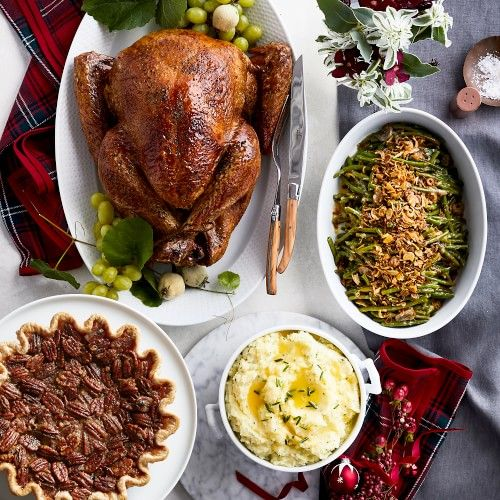 Complete Turkey Dinner Christmas Delivery Serves 8 Williams Sonoma In 2020 Turkey Dinner Dinner Thanksgiving Party Food