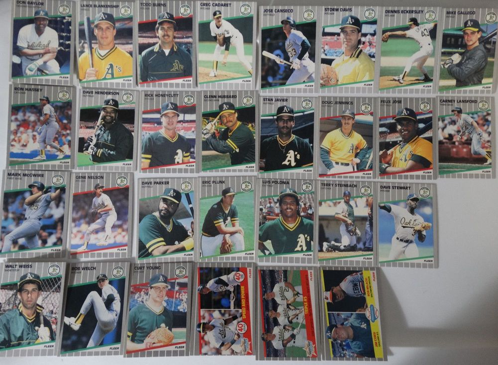 1989 fleer oakland athletics as team set of 29 baseball