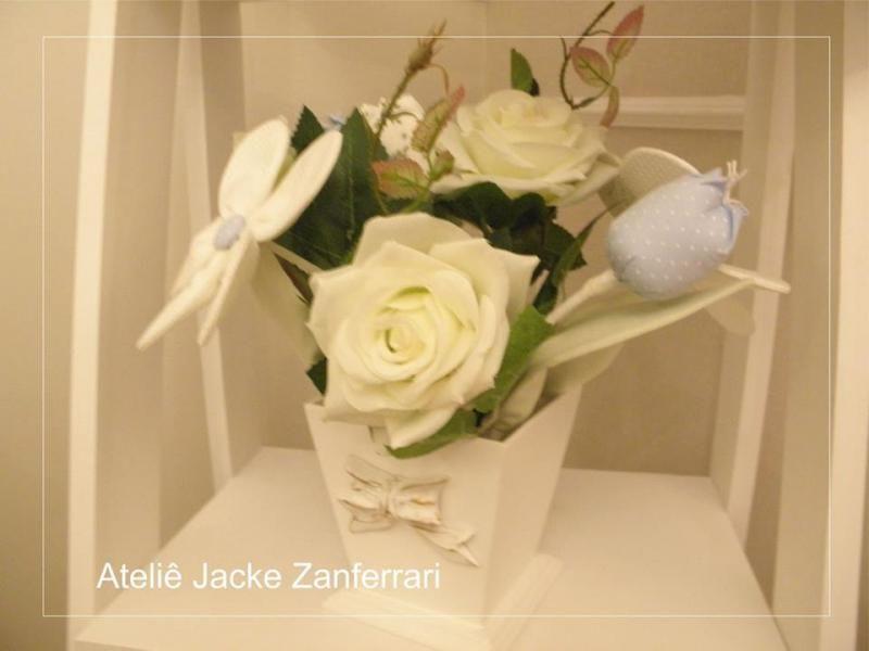 Enfeite Cachepô Flores :: Jacke Zanferrari