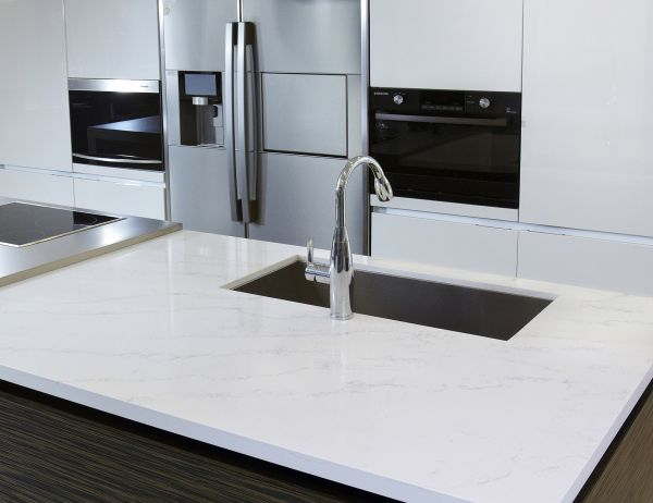Tranquility Hanwha Surfaces Quartz Countertops Countertops White Countertops