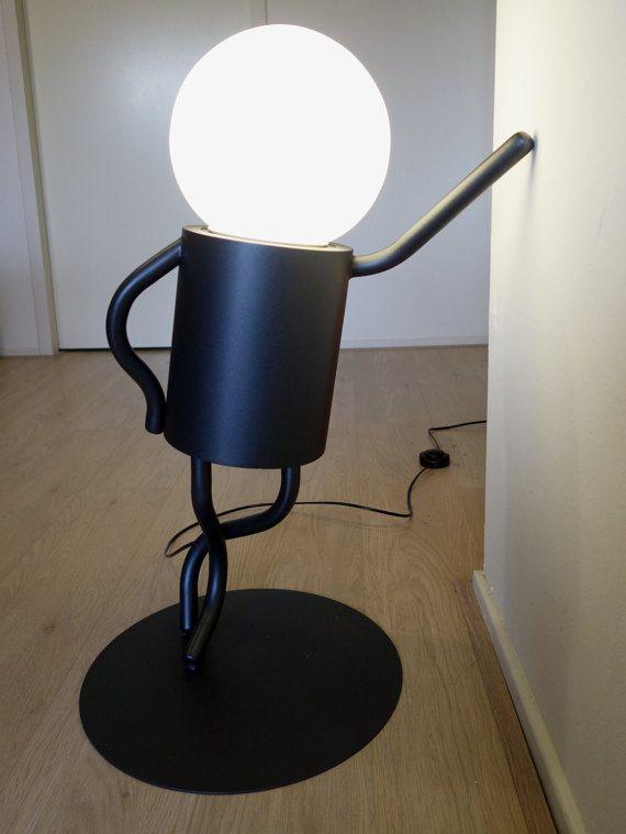 Afbeeldingsresultaat voor mannetje ijzerdraad hoofd lampenpeer