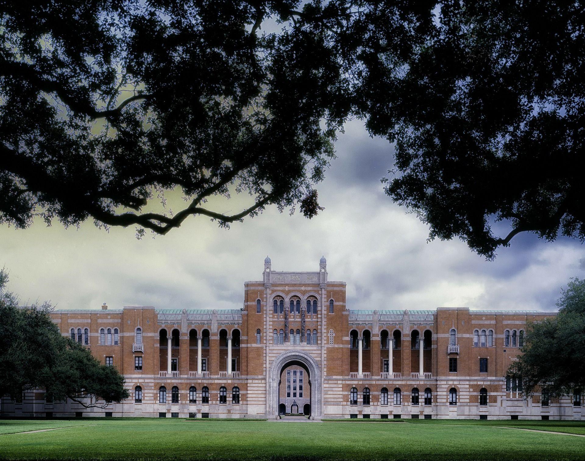 جامعة هيوستن Houston University Campus Visit College Search College Visit