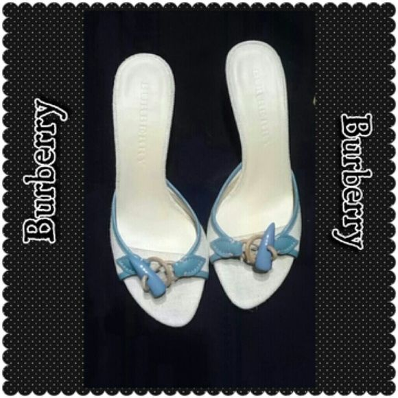 SOLD!!!*Burberry* EXCELLENT CONDITION Burberry Sexy Blue & Cream Kitten Heels Burberry Shoes