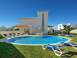 Casa Ferrero is a beautiful contemporary built villa Holiday