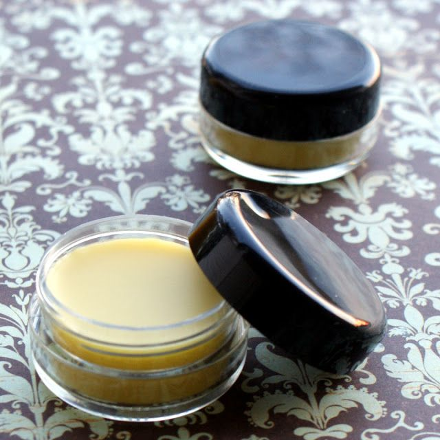Handmade Natural Lip Gloss DIY - Homemade Lip Gloss Recipe for Rich Moisture and Shine