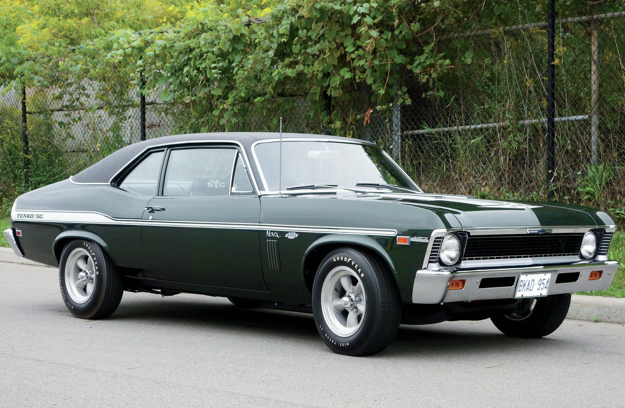 Compared To The Yenko Deuce Made A Year Later 1969 Yenko Sc 427 Novas Are Incredibly Rare Though It Is Reported That Vintage Muscle Cars Chevy Nova Nova Car
