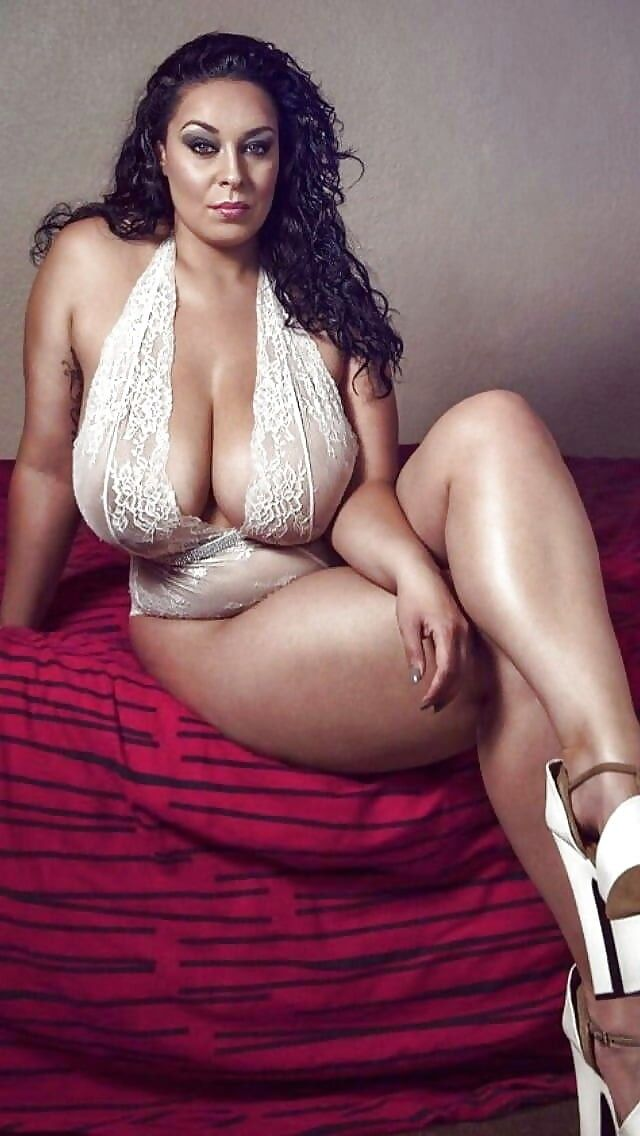 Free porn curvy, big tits, bbw pics