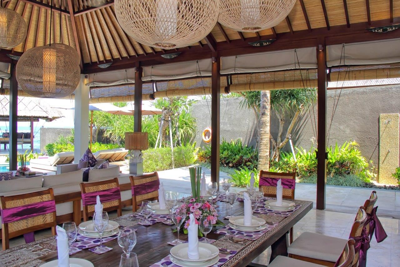 Dining and Living at Puri Saanti 3