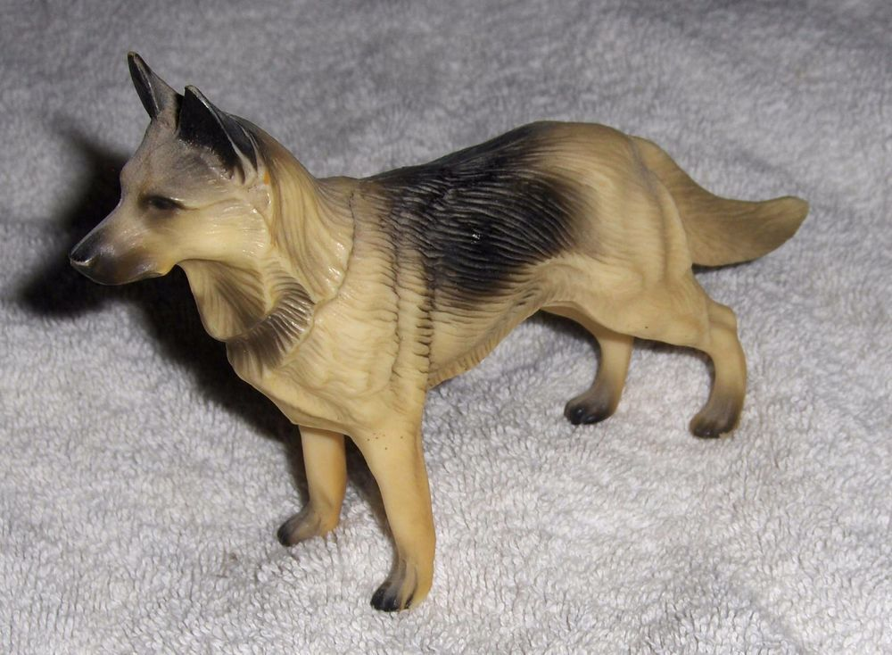 Vtg Rin Tin Tin German Shepherd Figurine Plastic Black Tan Retro