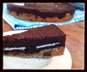 brownie cookie cake / momskitchenhandbook.com