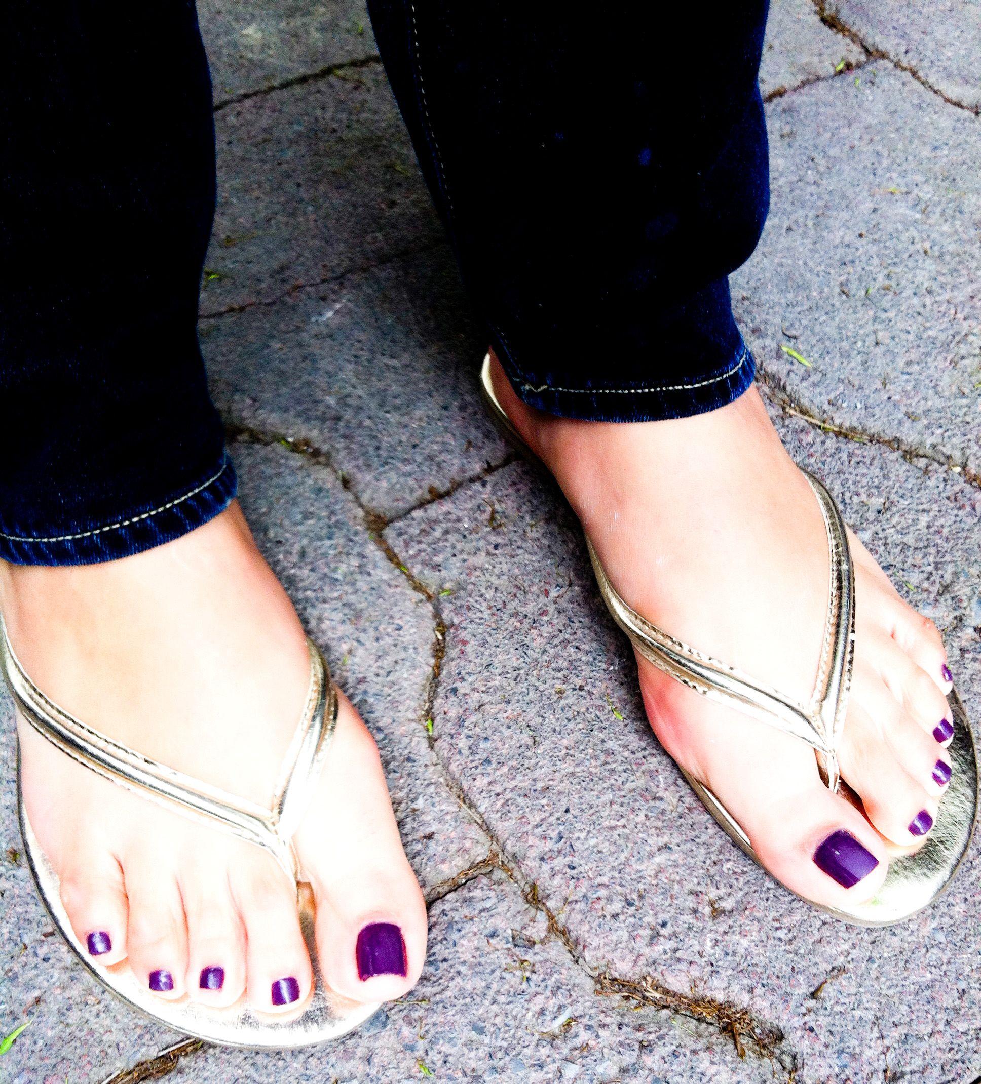 Purple Color In My Feet