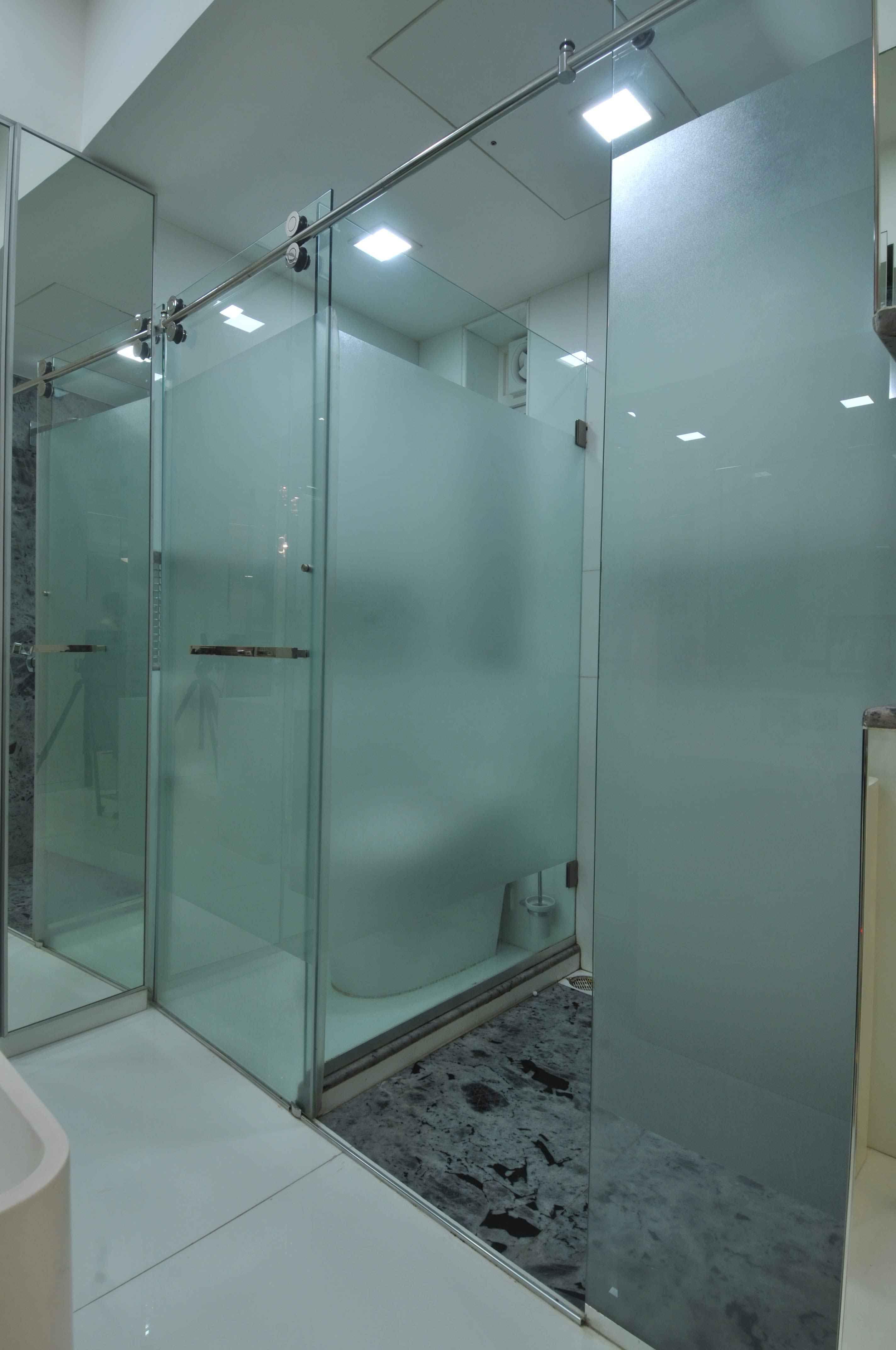 Bathroom Design by Sonali Shah Architect in