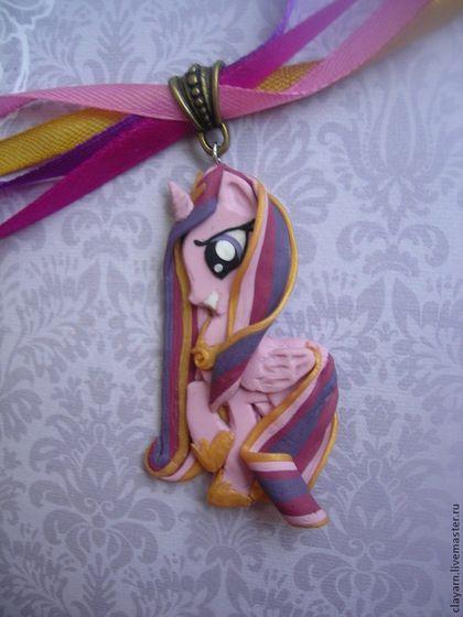 Кулон с пони Принцесса Каденс (Мой маленький пони ...
