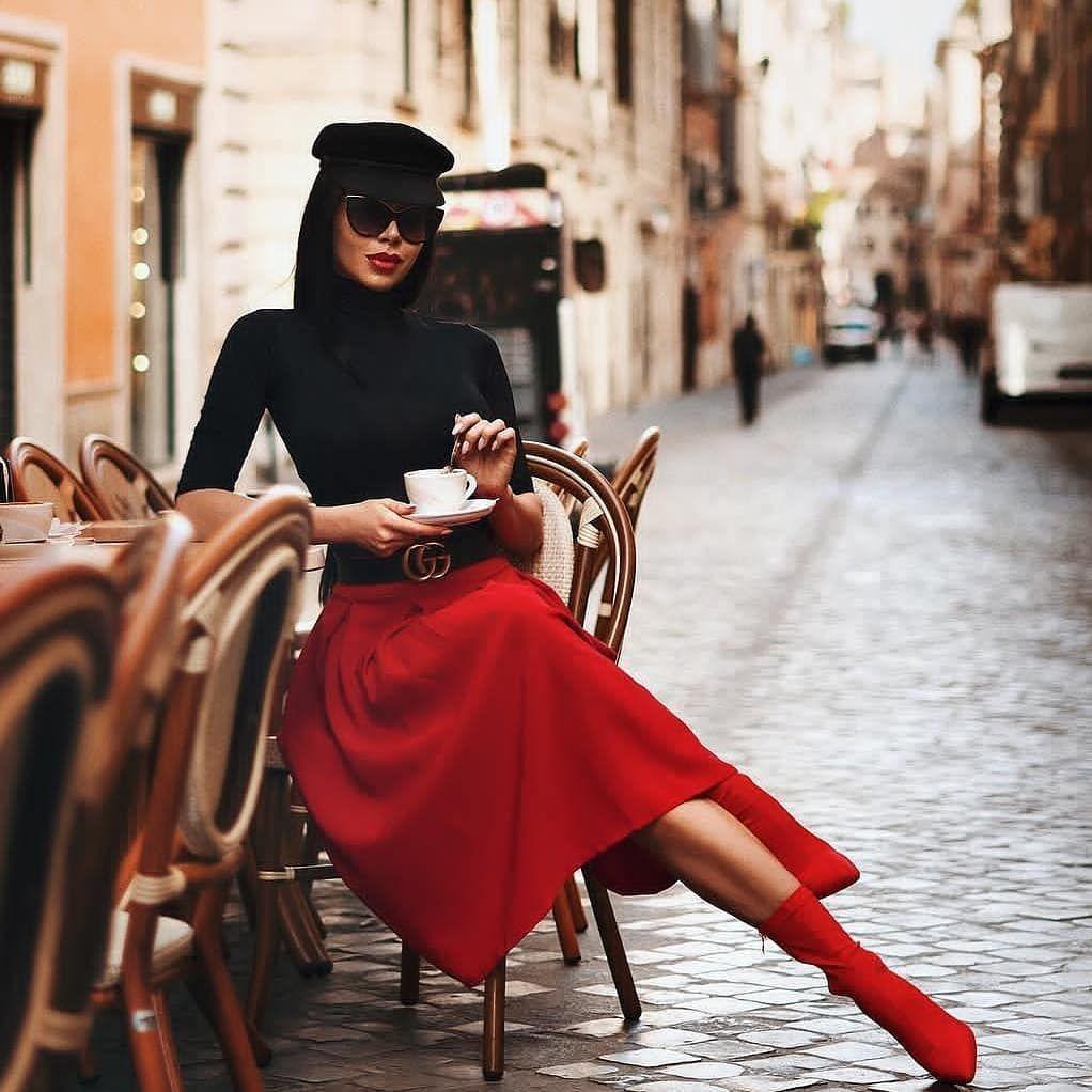 Dəbli Xanimlar On Instagram Qizlar Necə Kombindir Bu Postum Qirmizi Rəng Haqqindadir Qirmizi Rəng Iradənin Gost Paris Chic Street Style Paris Fashion