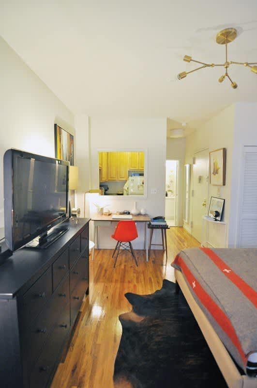 Evans modern and cozy Manhattan studio in 2020 | Apartment ...