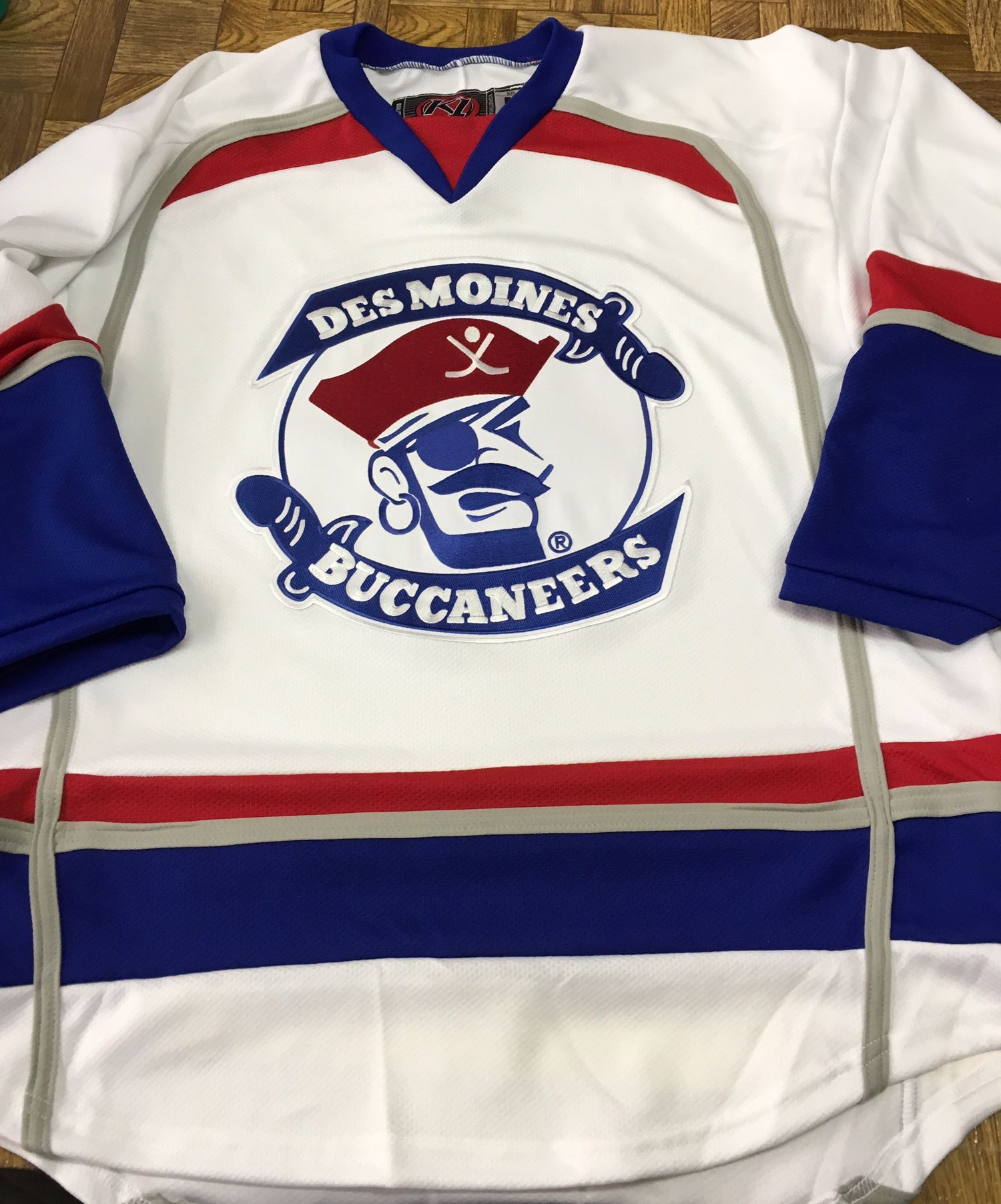 2c32ac35a Custom Des Moines Buccaneers Hockey Jerseys. Made in the USA at K1  Sportswear.