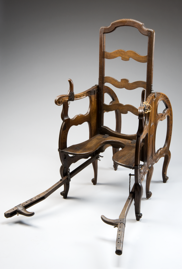 This adjustable chair let 18thcentury women give birth in