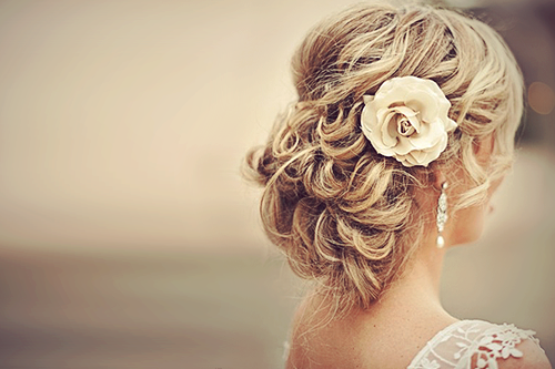 exactly how I'm doing my hair for the wedding :)