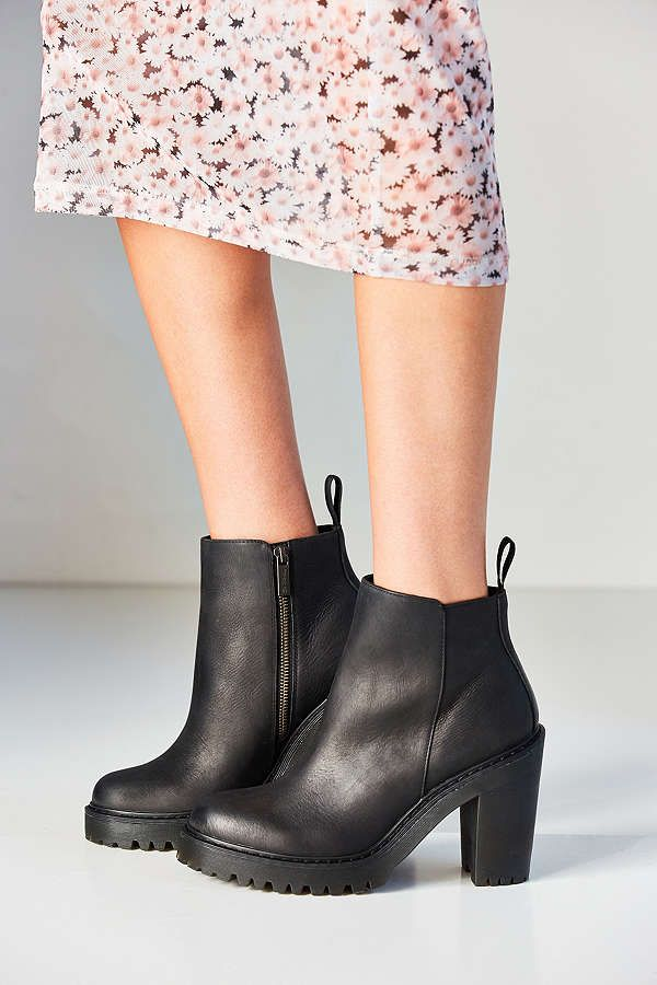 Dr. Martens Magdalena Ankle Boot. Fall ShoesWomen's ...