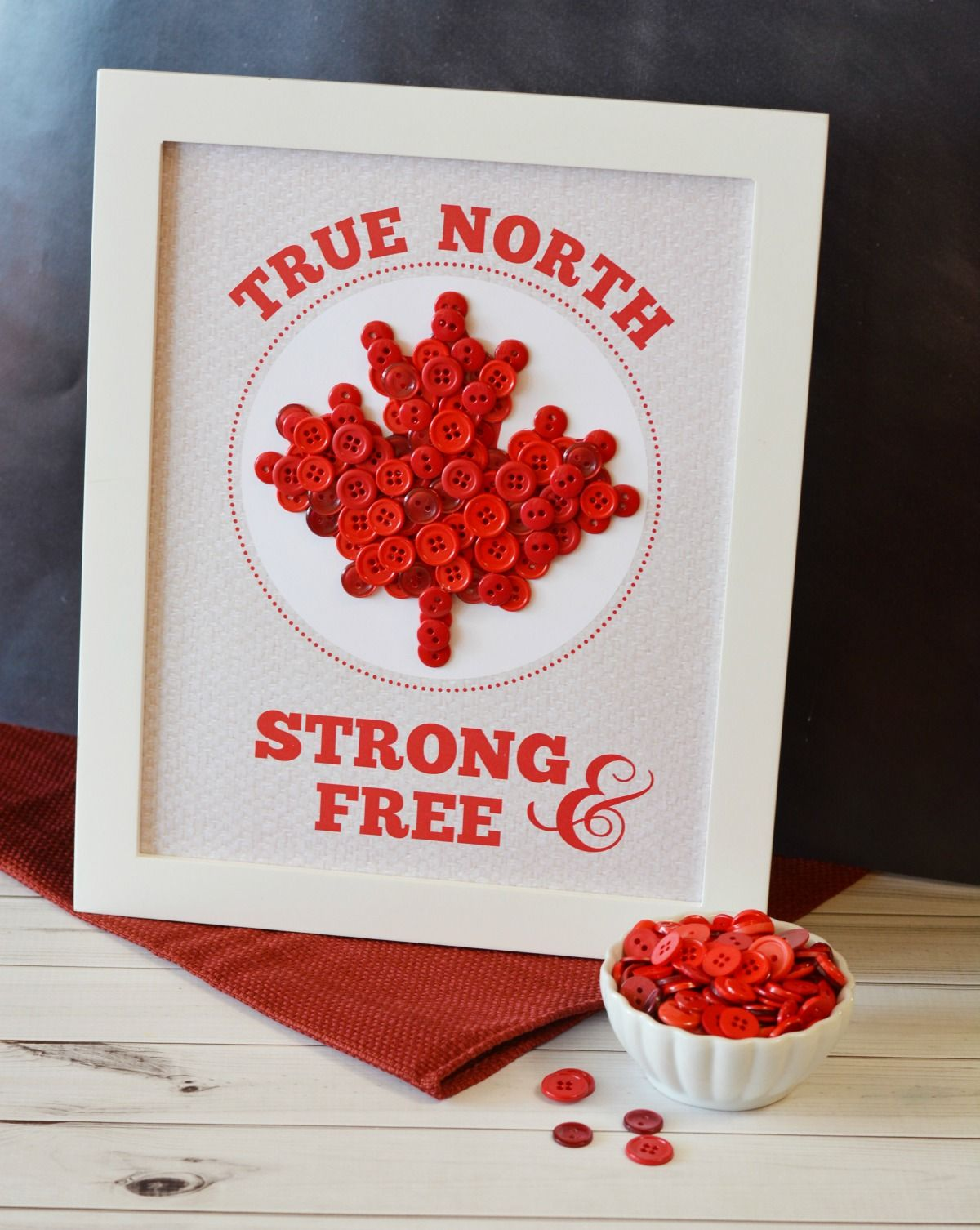 True North Strong & Free Button Art with Free Printable