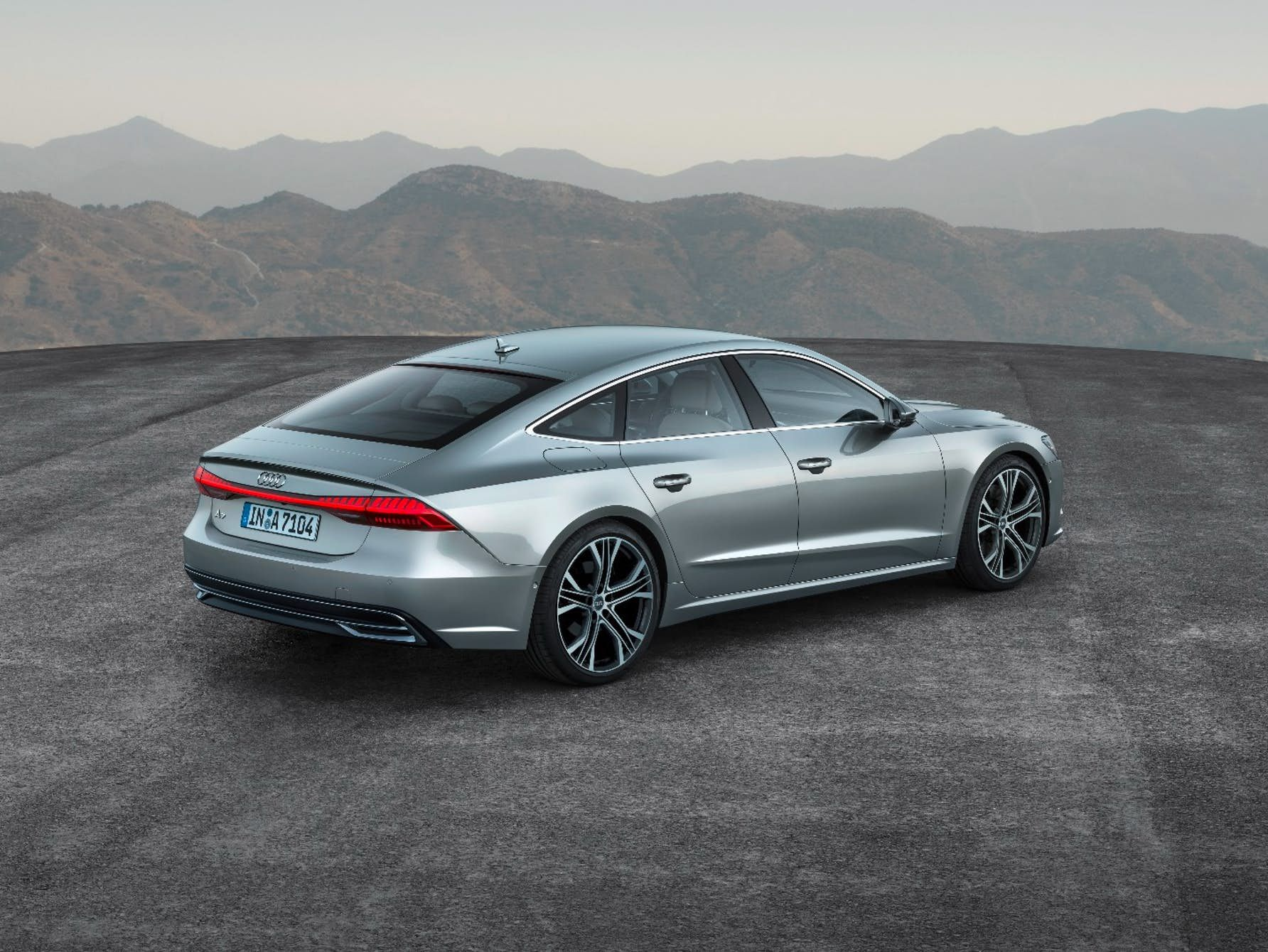 Audi Gives New A7 Sportback An Icy Glare Progressive Styling And Plenty Of Tech Audi A7 Sportback Audi A7 A7 Sportback