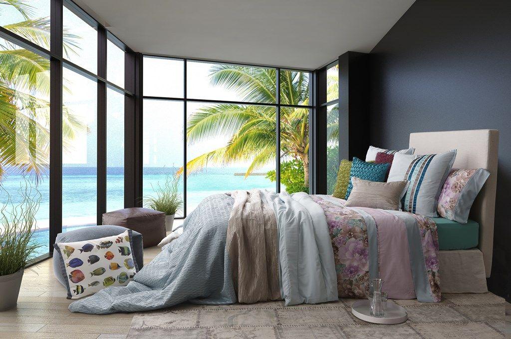 Esta colección de ropa de cama  esta confeccionada en tejidos de colores pastel coom es el azul, verde y lila. En esta colección puedes encontrar fundas nórdicas, de gran estampado floral, donde el marrón y el lila en distintos tonos, le confieren a esta pieza  una gran frescura.
