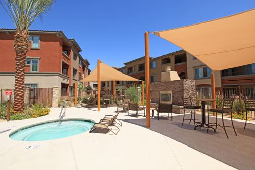 702 685 8800 1 3 Bedroom 1 2 Bath Trellis Park At Cheyenne 3132 N Jones Blvd Las Vegas Nv 89108 Patio Patio Umbrella Apartments For Rent