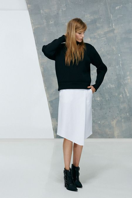 Simple with an angle, Tibi look #13