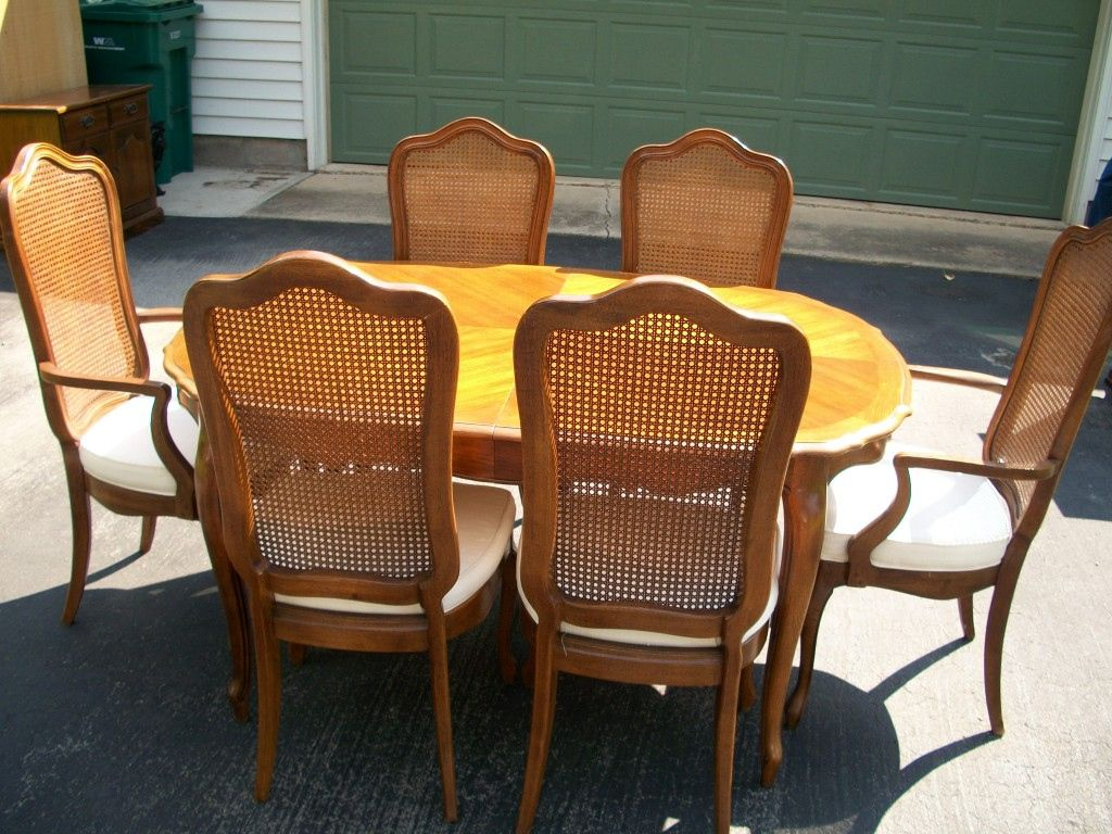 Thomasville Dining Room Chairs Discontinued  Cool Apartment Amusing Thomasville Dining Room Chairs Design Inspiration