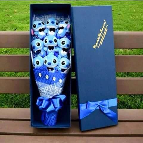 A Stitch Bouquet I Want It Disney Pinterest Mi