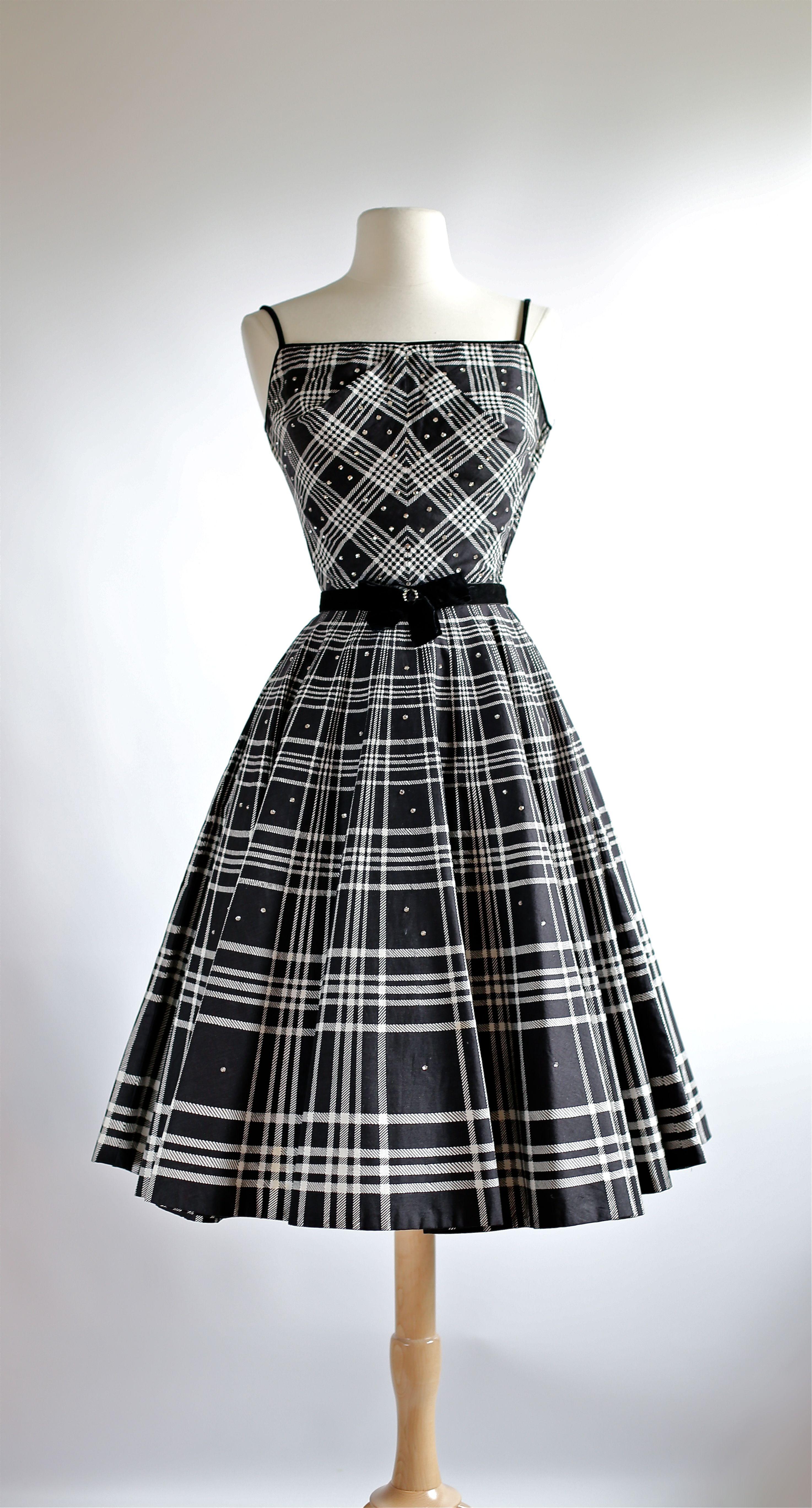 Plaid Party Dress This Fabric Is Amazing Vintage 1950s Dresses Vintage Dresses Fashion [ 5472 x 2947 Pixel ]