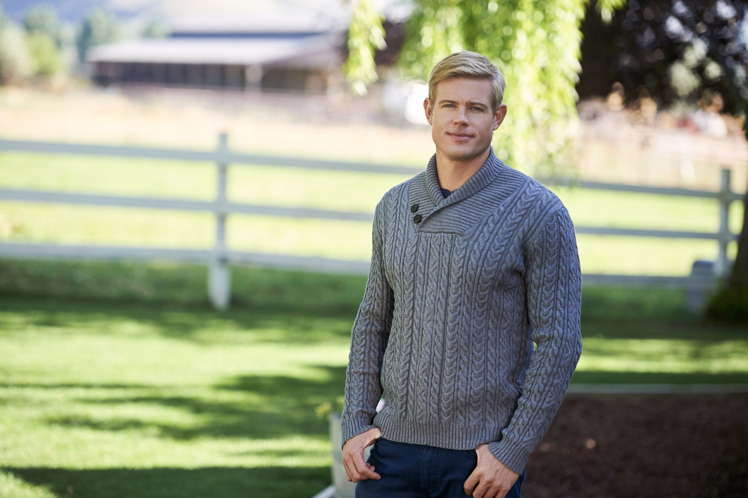 Find Out About The Cast Of The Hallmark Channel Original Movie Love Fall Order Starring Erin Cahill And Trevor Donovan Trevor Donovan Donovan Trevor