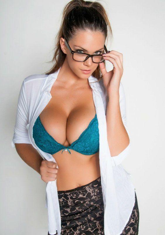 Girls With Glasses Porn Pics Free On Pornhub