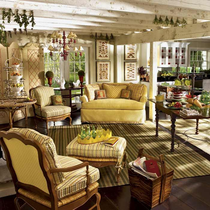 Country Family Room: Beautiful, Country