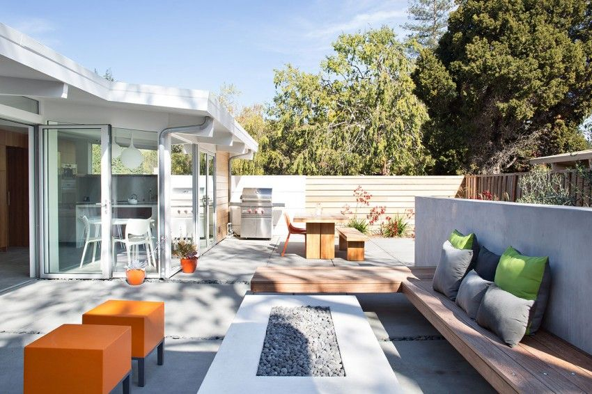Truly Open Eichler Home by Klopf Architecture (11)
