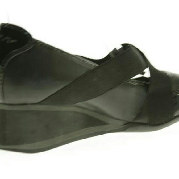Shoes DKNY wedge dressy/athletic loafers! Patent leather! DKNY Shoes Wedges