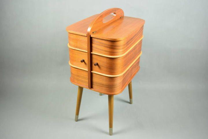 Vintage Nähkästchen Nähkasten mit Beinen, Dänisch Modern