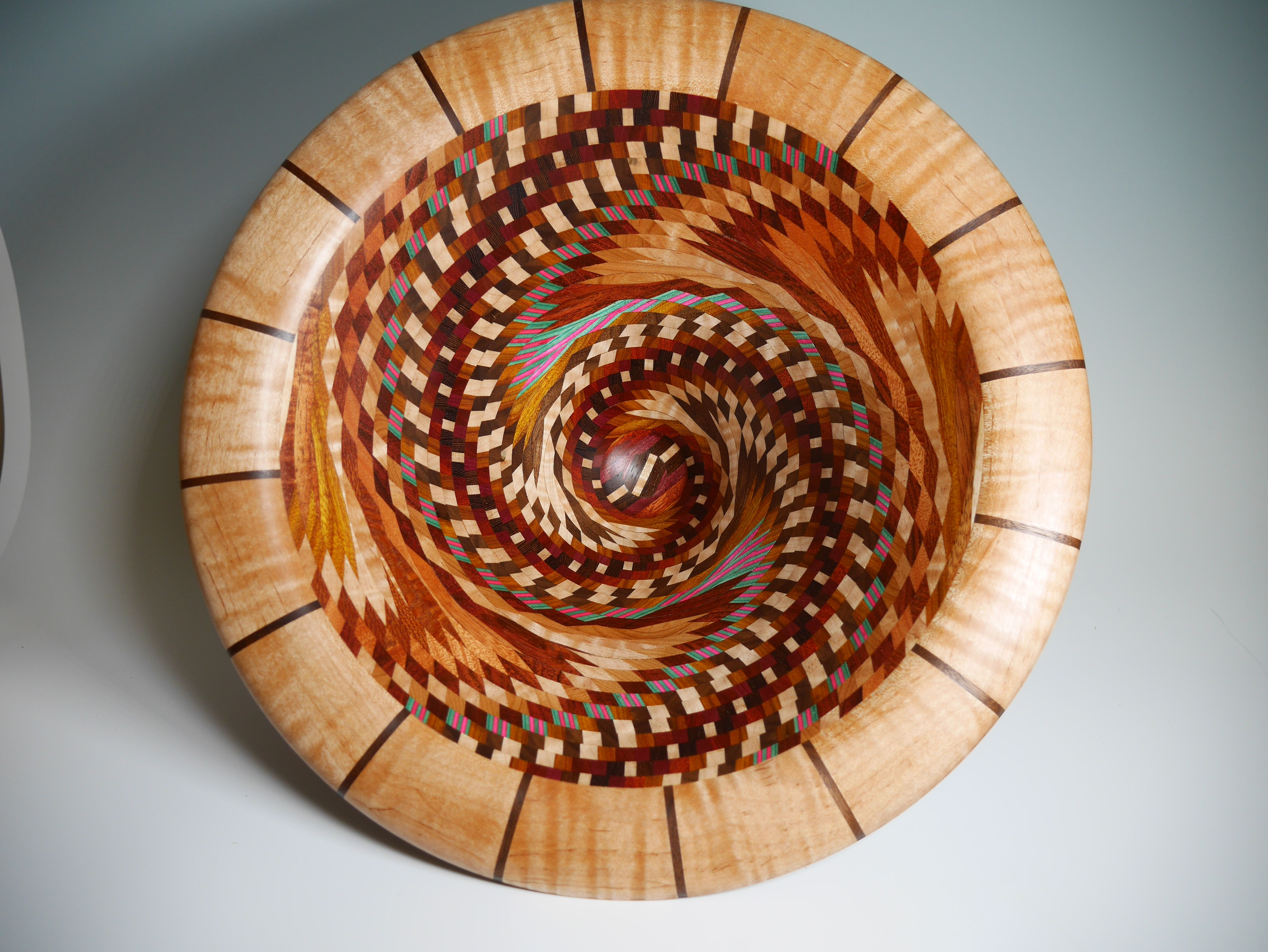 Dizzy bowl in 2020 decorative bowls bowl lathe projects