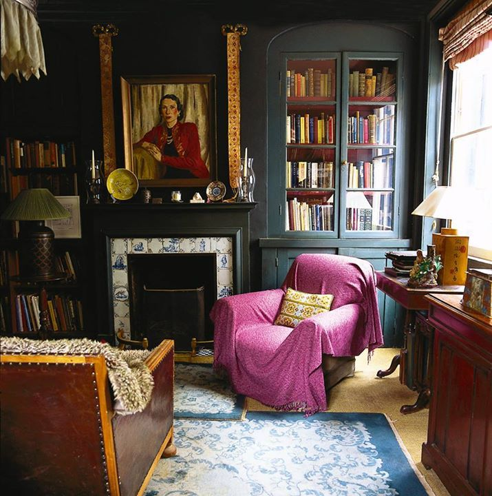 The March issue of The World of Interior Jocasta Innes bought her east London house in 1979 Photography: Jan Baldwin.