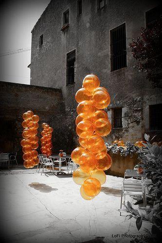 globos naranjas www.forjahispalense.com