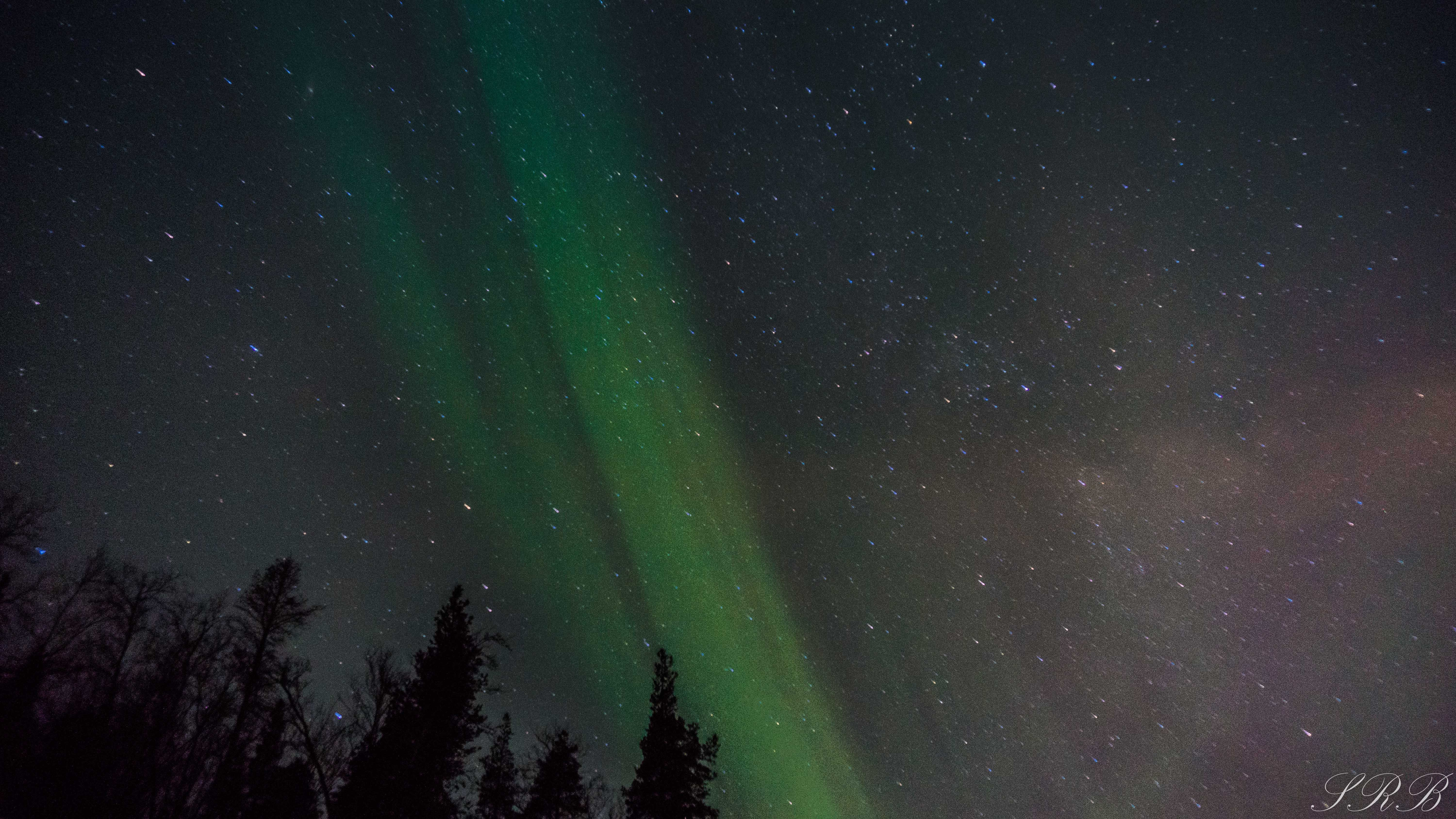 Chasing the northern lights through norway when to go