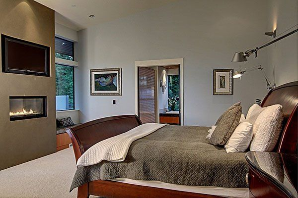 contemporary house in seattle surrounded by forest for the home rh pinterest com