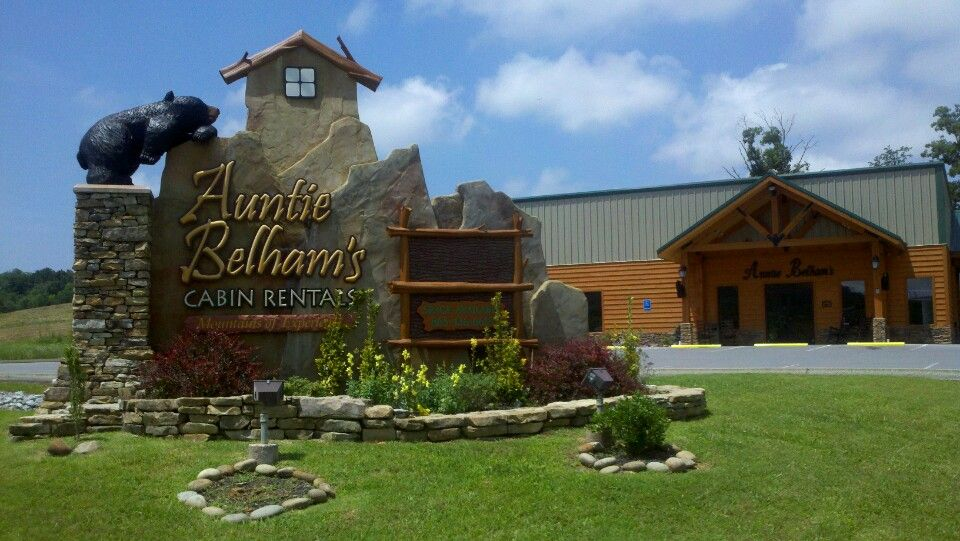 Welcome! Auntie Belham offers the finest Gatlinburg TN Cabins, Pigeon Forge Cabin rentals, and Cabin Rentals Gatlinburg TN in the Smoky Mountains.