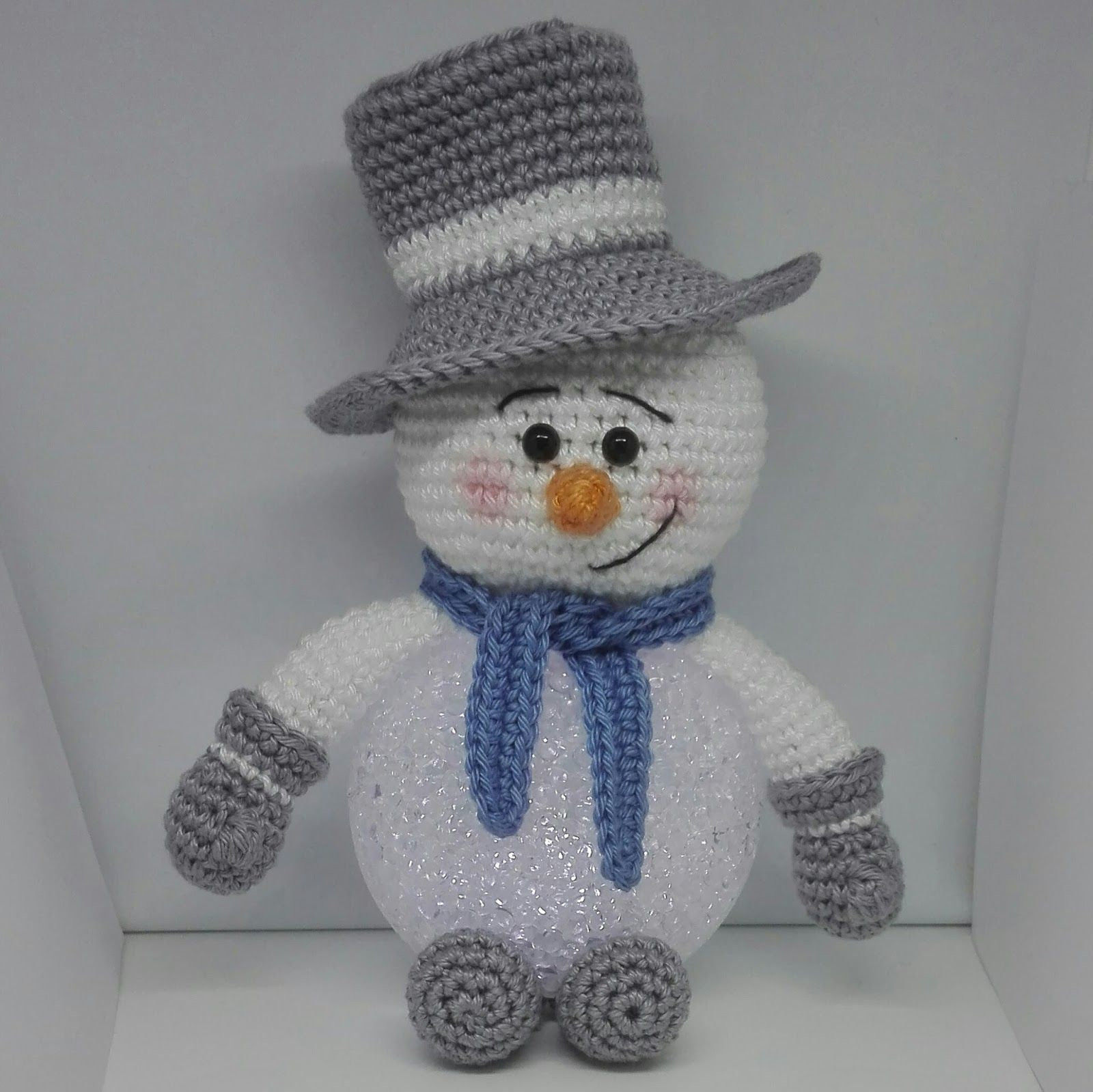 Sneeuwpop Op Ledbal Sneeuwpop Haken Kerst Kerst Haak Patronen
