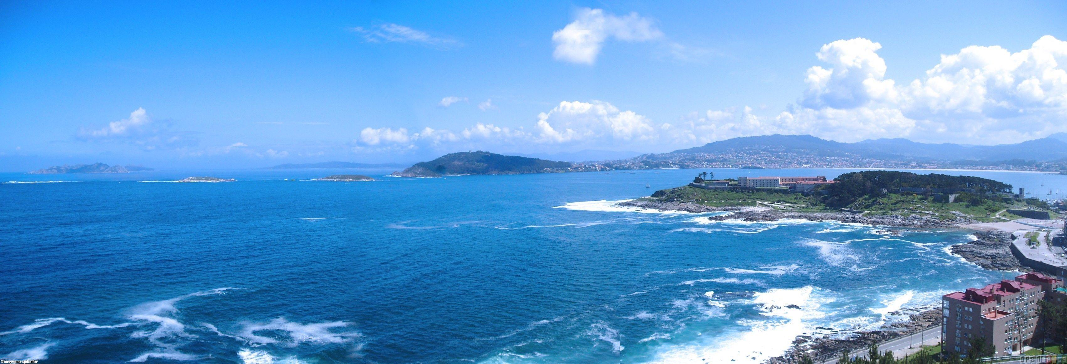 Images Of The Ocean Blue Ocean Spain Uploader Anonymous Licence Category Nature Tags Ocean Dual Screen Wallpaper Ocean Wallpaper