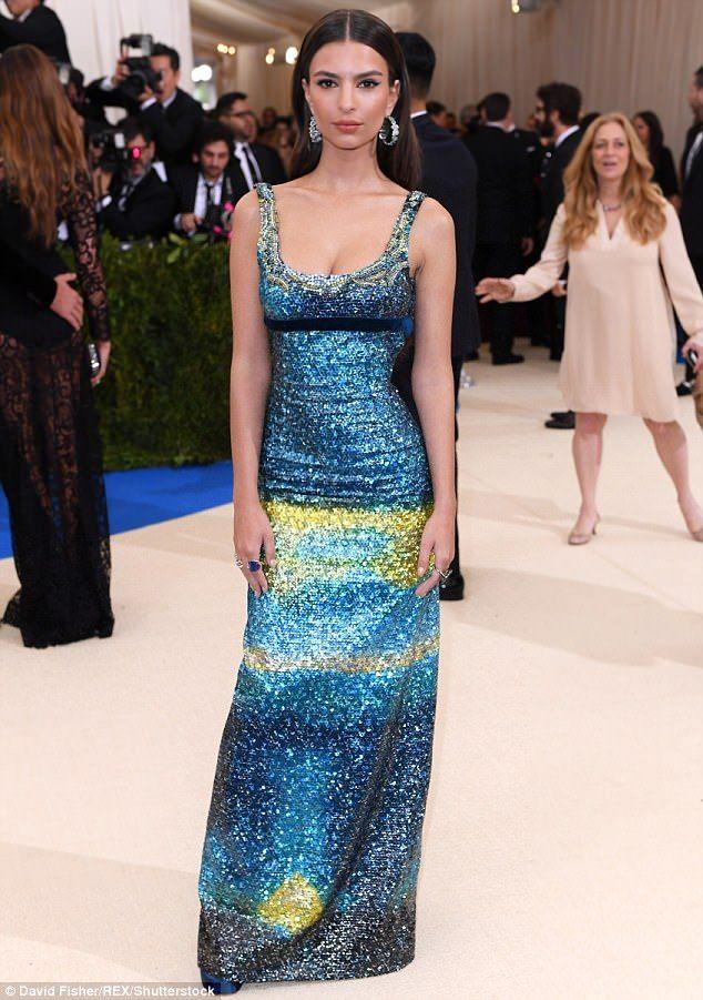 Emily Ratajkowski Dazzles In Modest Sequin Gown At The Met Gala Gala Fashion Dresses Met Gala