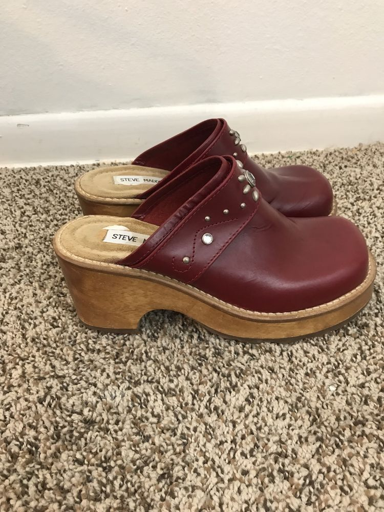 a80cc984ff568 Vtg Steve Madden Clogs 90s Wooden Heel Leather Maroon Jewels Sz 7 ...