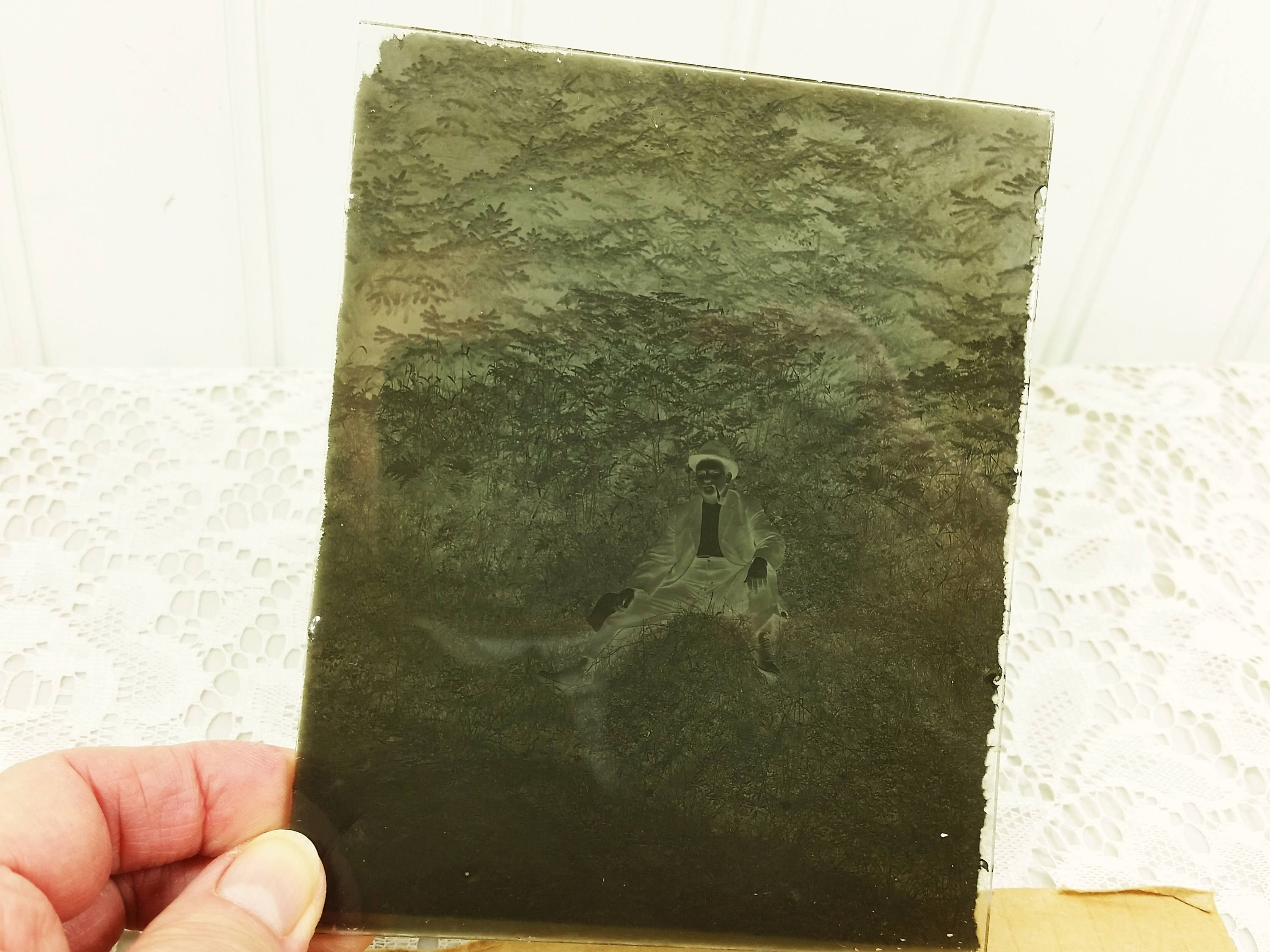 Antique Glass Plate Negative Late 1800 S Man In Hat With Pipe  # Pose Tele En Fer Forge